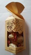 Olia Tejcsokoládés Praliné amarettokrémmel és gabonapehellyel